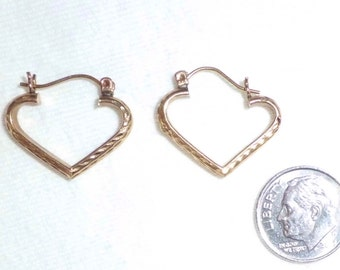 "Estate 10k Gold Puffy Hoop Heart Earrings Pierced 3/4"" Long Marked 10kt 10 kt k Yellow Textured Big Hoops Pair Vintage 3D Love Kisses"