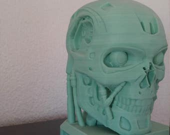 T-800 skull head. T-800 bust.  For sanding and painting. For sanding and painting