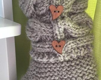Slipper footwear acrylic yarn hand made from quebec