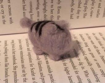 Plusheen needle felt cat