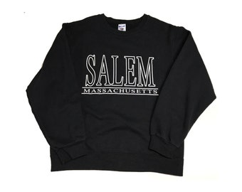 Salem Massachusetts Crew Neck Sweat Shirt Size Small