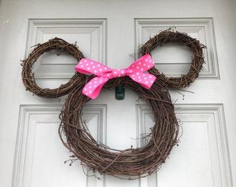 Minnie Grapevine Wreath
