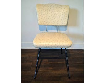 Chair white leatherette and chrome DECORATIVE 50's vintage - original and unique decorative patterned