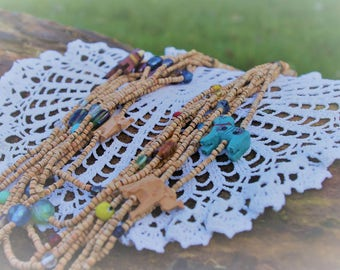Colored wood and glass - Queen of the Savannah necklace beads