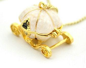 Necklace Cinderella carriage