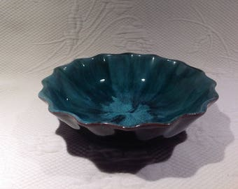 Vintage Blue Mountain Pottery Turquoise bowl - pottery flower bowl / / made in Ontario, Canada