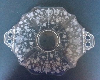 "Rose point 10.5"" center keyhole handled sandwich tray"