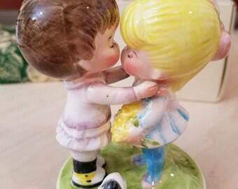 "Joan Walsh Anglund ""Let Me Call You Sweetheart"" Musical Figurine circa 1973"