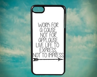 Live Life To Express, Not To Impress Motivational for Apple iPod Touch 4th Generation, iPod 5th Generation and iPod 6th Generation iPod Case