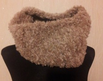 scarf with a fur effect