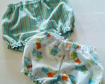 Gorgeous baby boy, size 3-6 months bloomers.