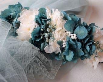Played preserved hydrangea green and white | Preserved floral headpiece green-white