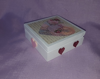 smal wooden gift box trinket jewellery box gifts for her hearts decoupage gems