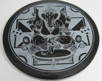 Engraved black obsidian mirror - Ganesha's mandala