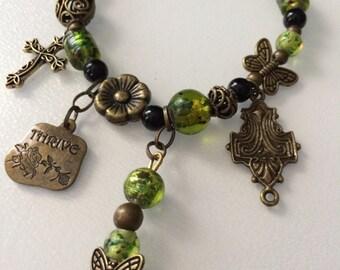 Gypsy Bracelet - Vibrant Shamrock/Lime Green - G01E