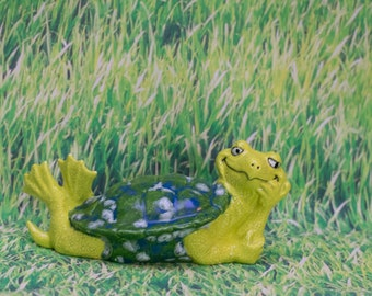 Relaxin' Tummy Turtle