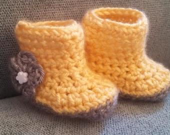 Crochet Newborn Baby Slippers - Yellow