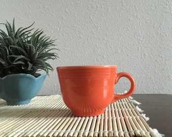 Fiesta Fiestaware Cup Orange Paprika Homer Laughlin USA Lead Free - Great Condition!