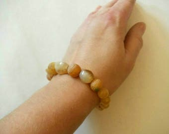 Pale Yellow Agate Nugget Bead Bracelet
