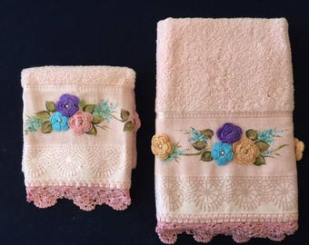 Pink Towel Set with MultiColored Flower Design