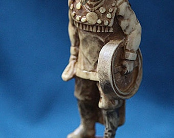 "figurine ""Shaman"""