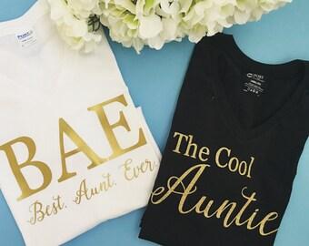 The Cool Aunt T-shirt Women's T-shirt