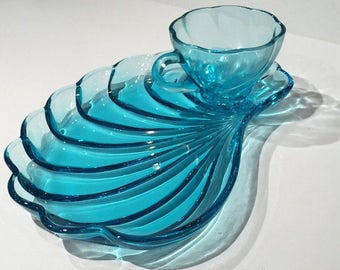 Hazel Atlas Capri Snack Sets 4 Available Teal Blue Glass Snack Trays and Cups, Seashell Snack Sets