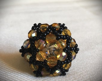 Women's ring with glass beads and cool Swarosky stones?