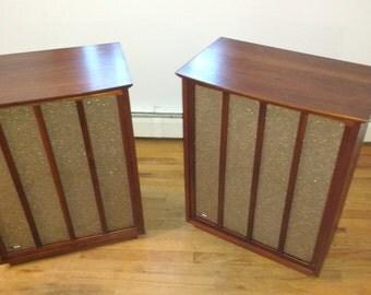 Mid Century Modern Vintage Fisher  XP-10 Floorstanding Speakers