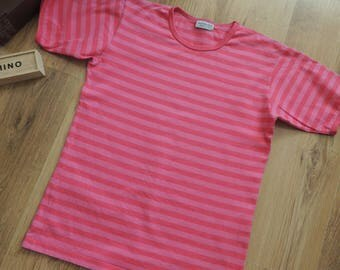 FREE SHIPPING - Vintage MARIMEKKO 2 tone pink striped 100% Cotton T-shirt, size 150 tall, made in Finalnd