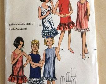Butterick 3597 Girls Ruffle Bottom Shift Dress size 4 Vintage Sewing Pattern UNCUT