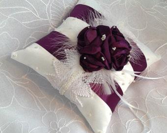 Wedding pillow/romantic pillow of alliances/purple