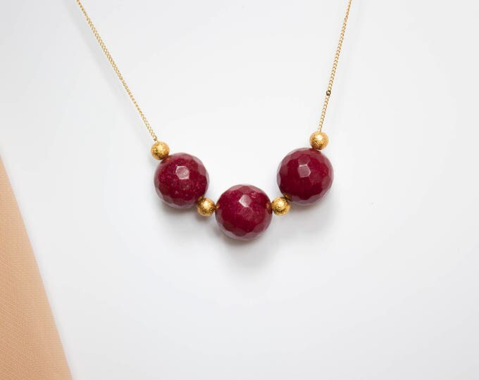 Faceted Red Jade and Gold Beads Necklace