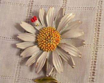 ART Signed Daisy n Ladybug Brooch