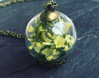 Sunshine necklace, terrarium jewelry, terrarium,romantic necklace, botanical, plant jewelry, anniversary, real flower necklace, gift for her