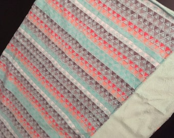 Triangle Print Blanket