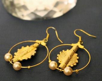 Earrings African, earrings creams, Baoulé brass, dangling earrings, Ghana earrings, Côte d'Ivoire
