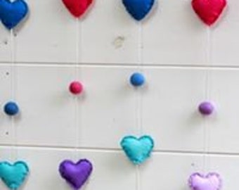 Garlands of felt for children