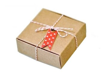 10 kraft gift boxes - 7 x 7 x 3 cm - Wedding gift favor boxes for candies or biscuits.