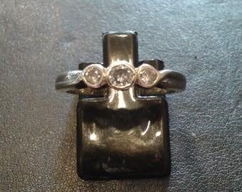 3 stone diamond ring 9ct .rub over setting .