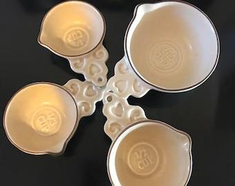 Pfaltzgraff Village Vintage Measuring Cups - Tan Stoneware - 4 Peice Set