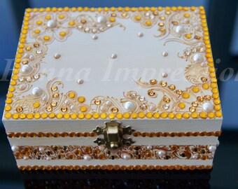 Bespoke Pearl Henna Jewellery Box