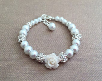Pearl Bracelet, baby bracelet, baby pearl bracelet, flower girl bracelet, baptism bracelet, christening bracelet, bridesmaid bracelet