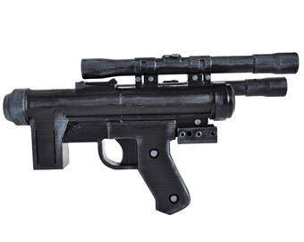 SE-14C blaster prop from Star Warrs. 1:1 full sized