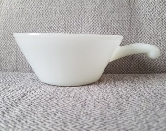Anchor Hocking Chili Bowl with Handle