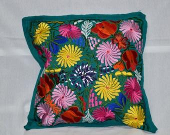 1 Multicolor Pillowcase