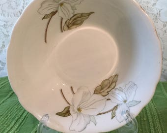 Pair Of Vintage Rare Hitkari Potteries Bone China Dessert Bowls - White Flowers - Made in India