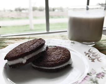 Low Carb, Keto Friendly Chocolate Sandwich Cookies!