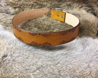 Handcrafted leather dog collar (large)