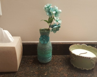 yarn wrapped turqouise vase with faux flower, yarn vase, centerpiece, home decor